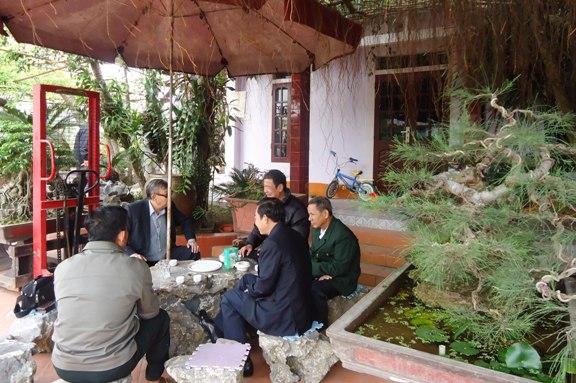 Đoàn thăm và tìm hiểu dòng họ tại gia đình Chủ tịch